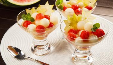 Como incentivar as crianças a comer frutas que não gostam?
